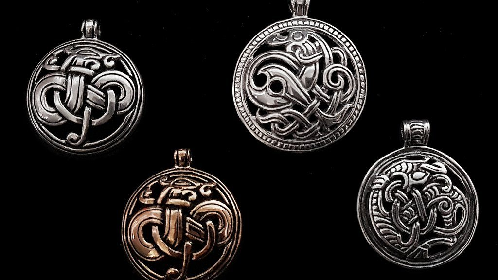 Attractive Jewellery with Amazing Designs